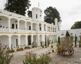 Misión Grand Ex Hacienda de Chautla - San Matias Tlalancaleca - Edificio