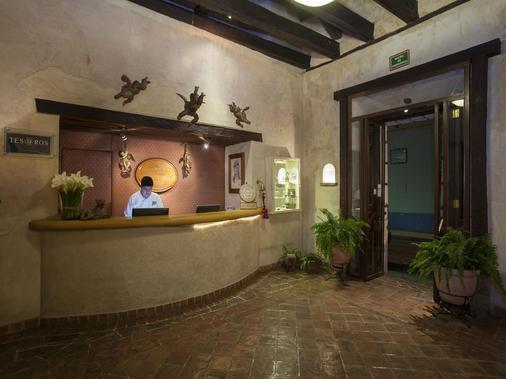 Hotel Mision Grand San Cristobal de Las Casas - San Cristóbal de las Casas - Front desk