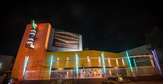 Thunderbird Hotel - Las Vegas - Building
