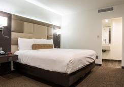 Hotel Xilo Glendale - Glendale - Makuuhuone