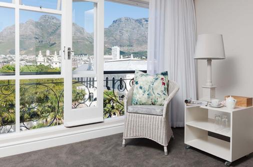 Cape Town Hollow Boutique Hotel - Kapkaupunki - Parveke