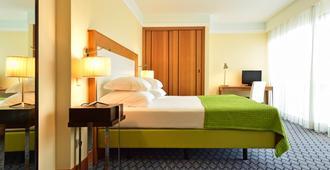 Pestana Promenade - Funchal - Bedroom