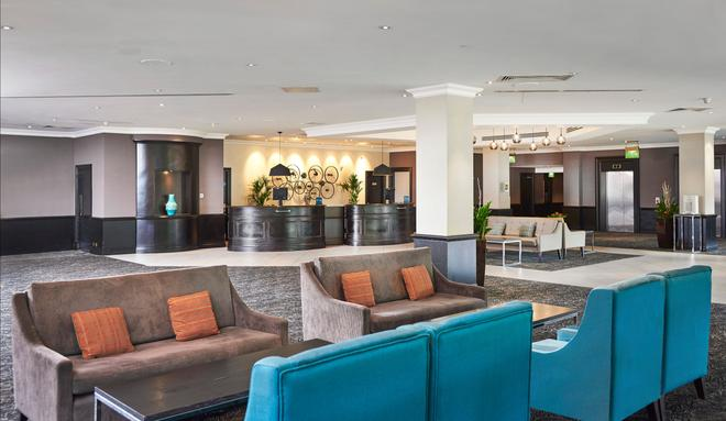 DoubleTree by Hilton Coventry - Coventry - Lobby