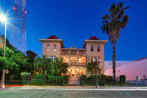 Hotel Havana - San Antonio - Toà nhà
