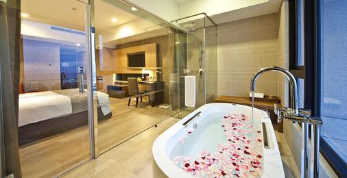 Lakeshore Hotel Hualien - Hoa Liên - Phòng tắm