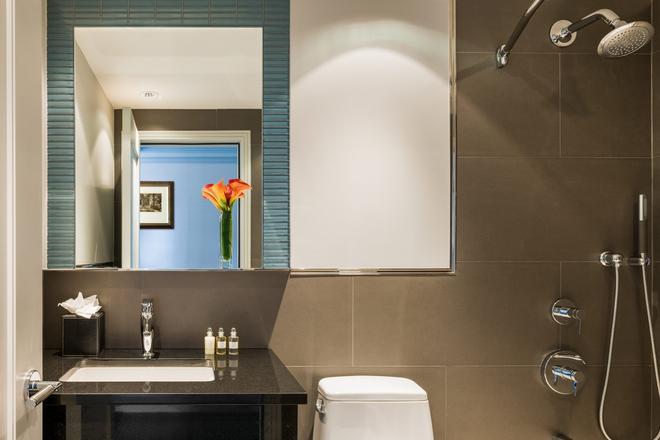 麗城酒店 - 紐約 - 浴室