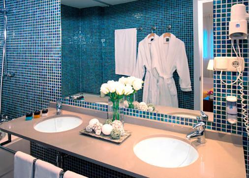 Tryp Valencia Feria - Thành phố Valencia - Phòng tắm