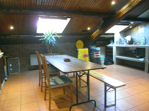 Hostel California - Milan - Dining room