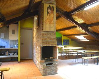Hostel California - Milan - Restaurant