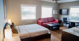 Sun Beach Inn - Hollywood - Bedroom
