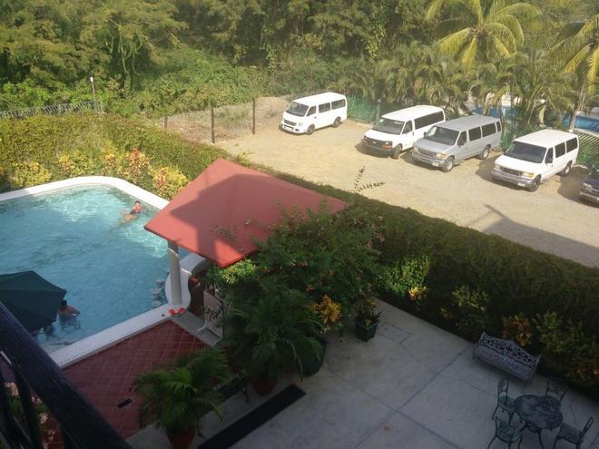 Hotel Balcon Gueela - Crucecita - Uima-allas