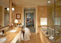 The Hermitage Hotel - Nashville - Bathroom