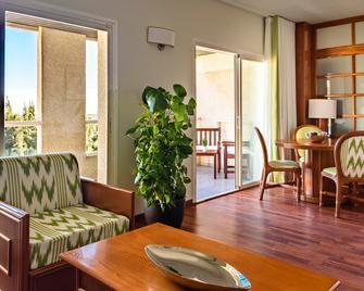 Estival Park Hotel - La Pineda - Wohnzimmer