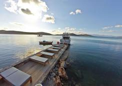 皇家馬敏灣精品藝術酒店 - 只招待成人入住 - 阿吉歐斯尼古拉斯 - 伊羅達 - 海灘