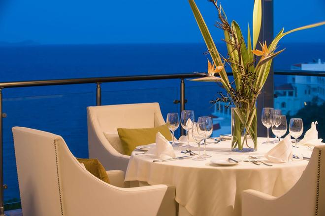 Blue Bay Resort Hotel - Agia Pelagia - Banquet hall