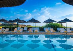 Blue Bay Resort Hotel - Agia Pelagia - Pool