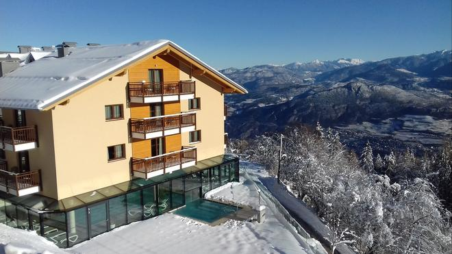 Hotel Monte Bondone - Trento - Building