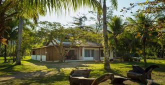 Hostel Canto Caiçara - Paraty - Edificio