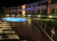 Acquaviva Park Hotel - Portoferraio - Pool