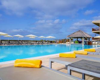 Hotel Oasis Salinas Sea - Santa Maria - Басейн