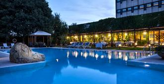 Hotel Saccardi & Spa - Sommacampagna - Piscine