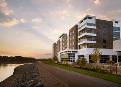 The Landing Hotel At Rivers Casino & Resort - Schenectady - Gebouw