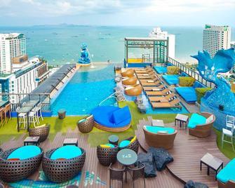 Siam@Siam Design Hotel Pattaya - Pattaya - Zwembad