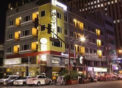 The Corporate Inn Hotel - Manila - Bangunan