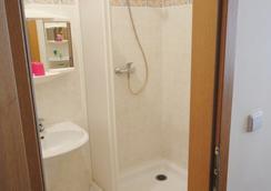 Hotel Jizera Karlovy Vary - Carlsbad - Bathroom