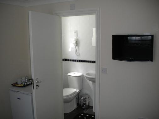 Royal Guest House by Saba - London - Phòng tắm