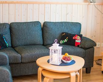 Mora Parkens Stugby - Mora - Living room