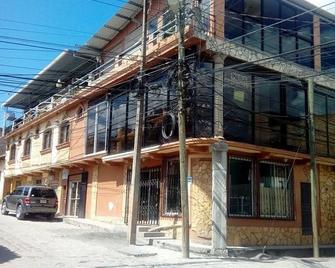 Hotel Escalon - Santa Rosa Copan - Building