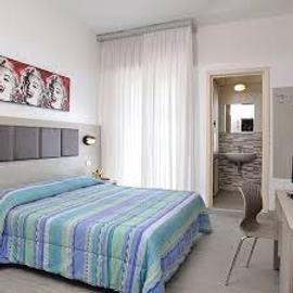 Hotel Tiberius - Rimini - Bedroom