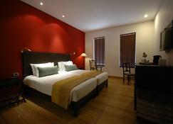 The O Hotel Beach Resort & Spa, Goa - Candolim - Schlafzimmer