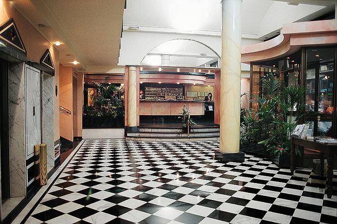 Brunelleschi Hotel - Milan - Lobby