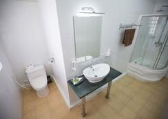 Coolabah - Krong Preah Sihanouk - Bathroom