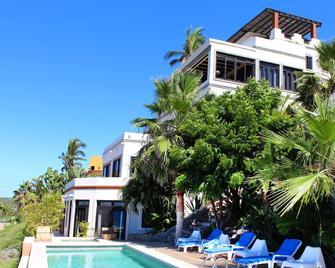 Villas La Mar - Todos Santos - Building