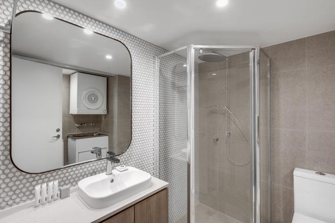 庫吉阿迪娜公寓酒店 - 庫吉 - 雪梨 - 浴室