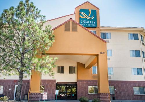 Quality Inn Suites Denver International Airport 87 1 6 2