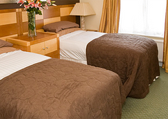 Barrington Lodge - Crawley - Bedroom