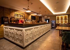 Hotel Putnik Kopaonik - Kopaonik - Bar