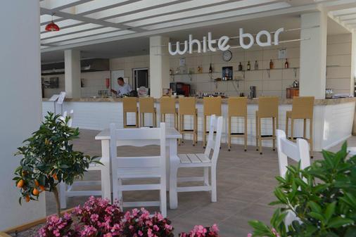 拜亞拉臘酒店 - 式 - 安塔利亞 - 安塔利亞 - 酒吧