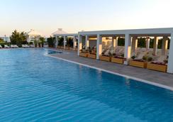 Baia Lara Hotel - อันตัลยา - สระว่ายน้ำ