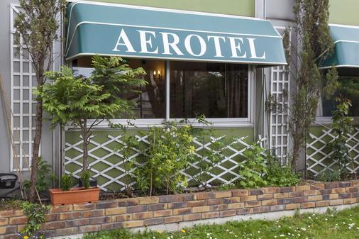 Aerotel Versailles Saint Cyr - L'etape du Silence - Saint-Cyr-l'École - Gebäude