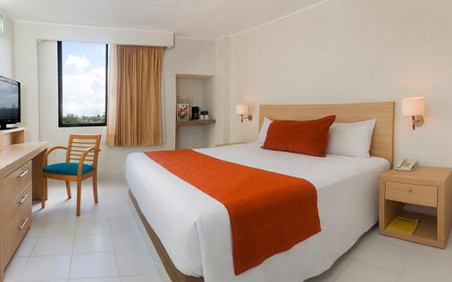 Hotel & Suites Real del Lago - Villahermosa - Schlafzimmer