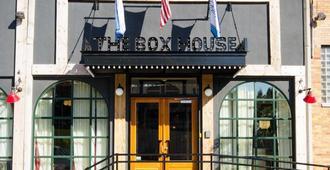 The Box House Hotel - Brooklyn