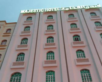 OYO 117 Majestic Hotel - Ruwi - Building