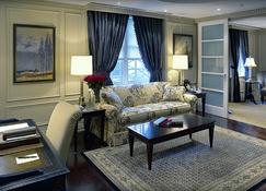 Windsor Arms Hotel - Toronto - Stue
