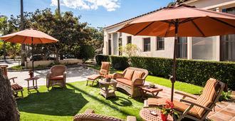 Harbor House Inn - Santa Barbara - Outdoor view