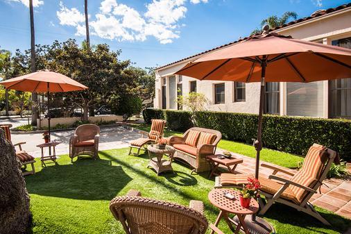 Harbor House Inn - Santa Barbara - Θέα στην ύπαιθρο